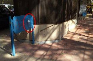 Mendoza: investigan un misterioso graffiti que apareció por toda la ciudad