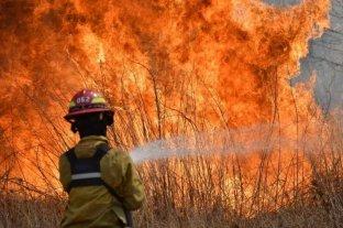 Dos hombres murieron por combatir los incendios en Córdoba
