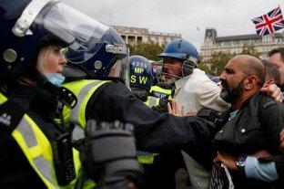 Londres: heridos y detenidos durante una marcha anticuarentena