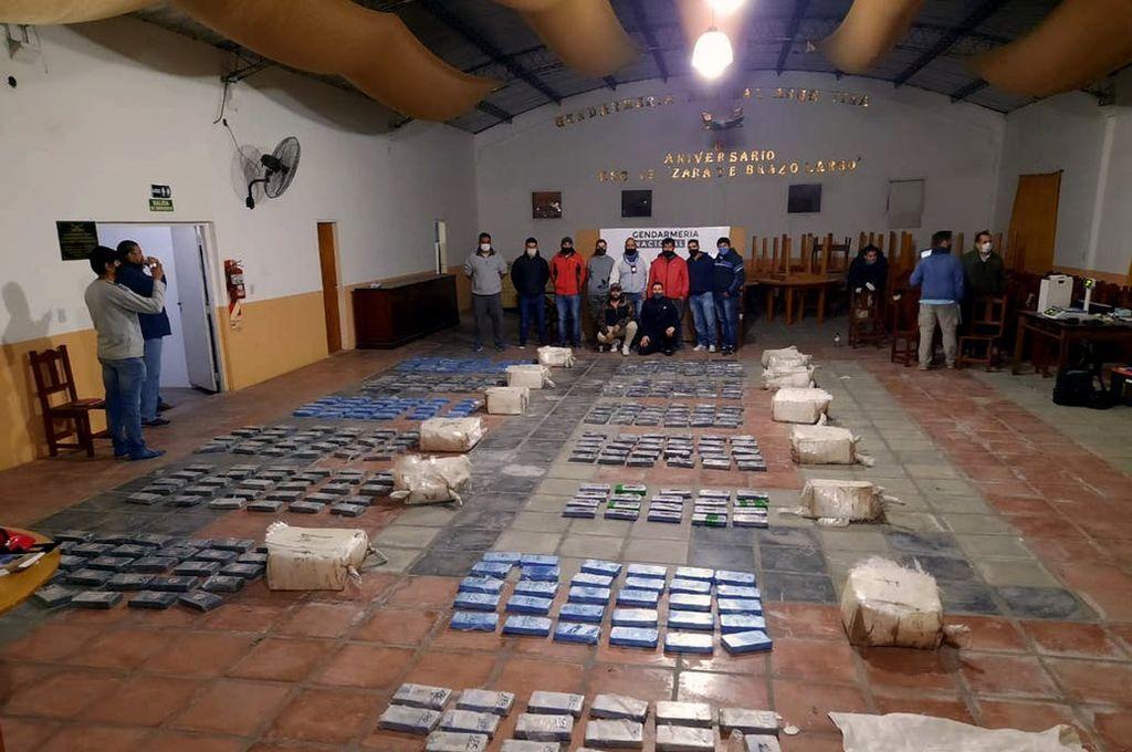 Decomisaron 382 kilos de cocaína en el Gran Rosario -  -
