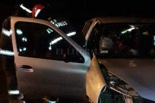 Bomberos rescataron a un hombre tras un choque en la Ruta 168 - El hecho se produjo frente a la UNL -