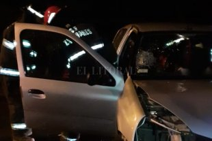 Bomberos rescataron a un hombre tras un choque en la Ruta 168