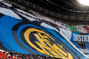 Dirigentes del fútbol italiano piden el regreso de los hinchas a los estadios