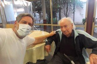 Tiene 105 años, le ganó al coronavirus y alienta a Unión -