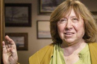 La Nobel de Literatura Svetlana Alexiévich abandona Bielorrusia
