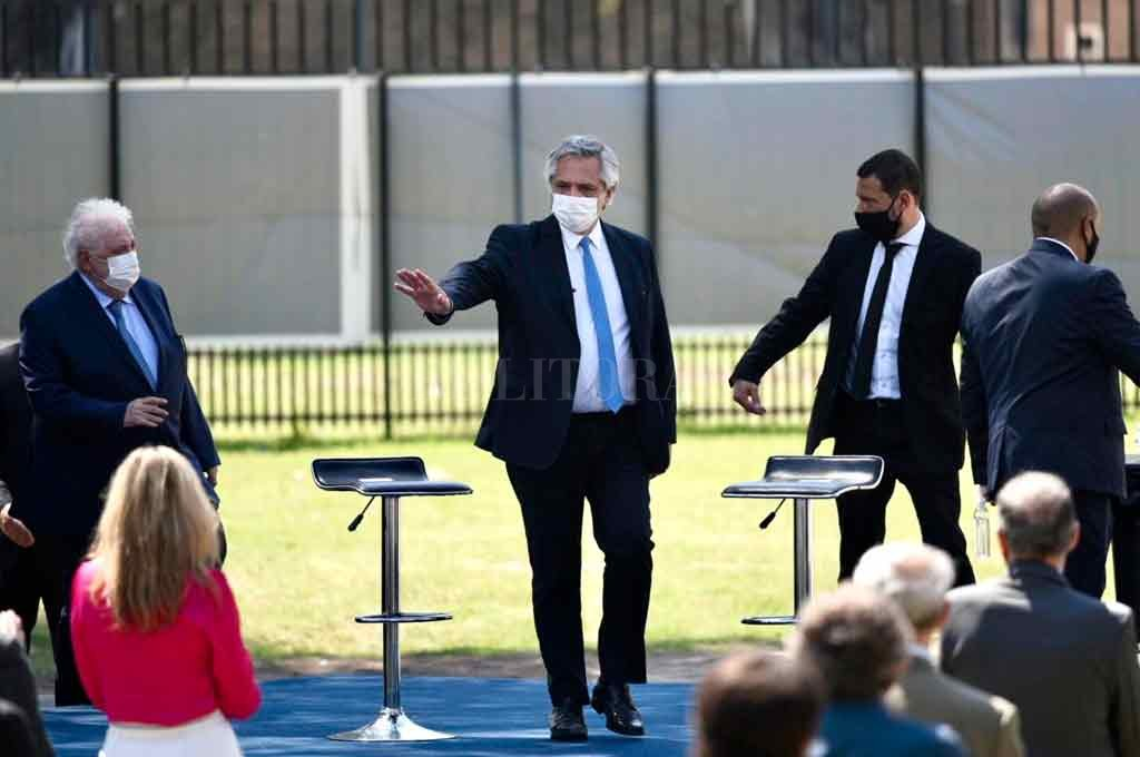 En Rosario, Alberto Fernández lanza el Plan DetectAR federal -  -