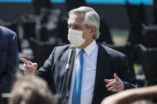 """Alberto Fernández pidió """"ser implacables judicialmente"""" con los que generan los incendios en las islas"""