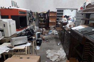 Provocó daños en una escuela y lo detuvieron antes que se robe elementos -  -