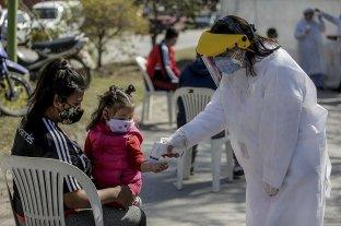 Covid: 419 fallecidos y 14.392 nuevos contagios, máxima cantidad en una jornada en Argentina -  -