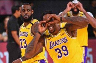 Los Ángeles Lakers le ganaron holgadamente a Miami Heat en el primer encuentro de la final de la NBA