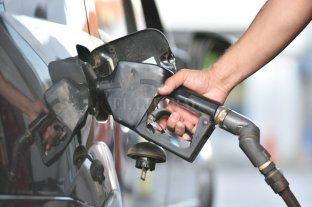 Se postergó hasta mediados de octubre la suba en el impuesto al combustible -  -