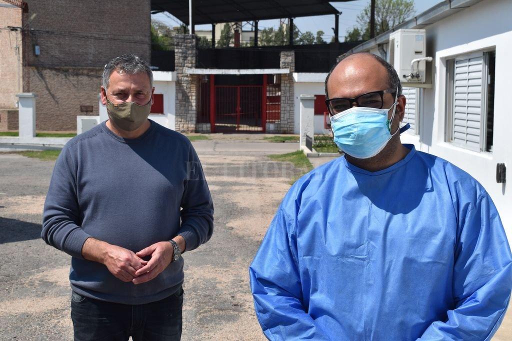 presidente comunal, Sergio Busquet; y doctor Salim Chueire Crédito: Gentileza