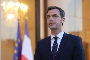 París analiza decretar alerta máxima por coronavirus a partir del lunes