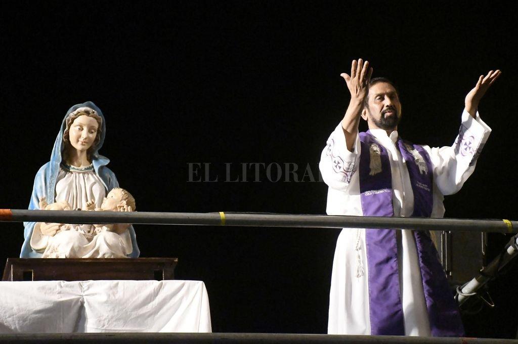 El padre Ignacio antes de la pandemia del Covid-19 Crédito: Archivo El Litoral