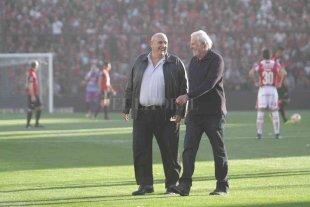 """Vignatti: """"En otros clubes ponen plata y la reclaman; acá nosotros no"""""""