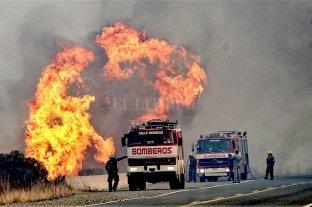 Incendios de pastizales afectan a 14 provincias