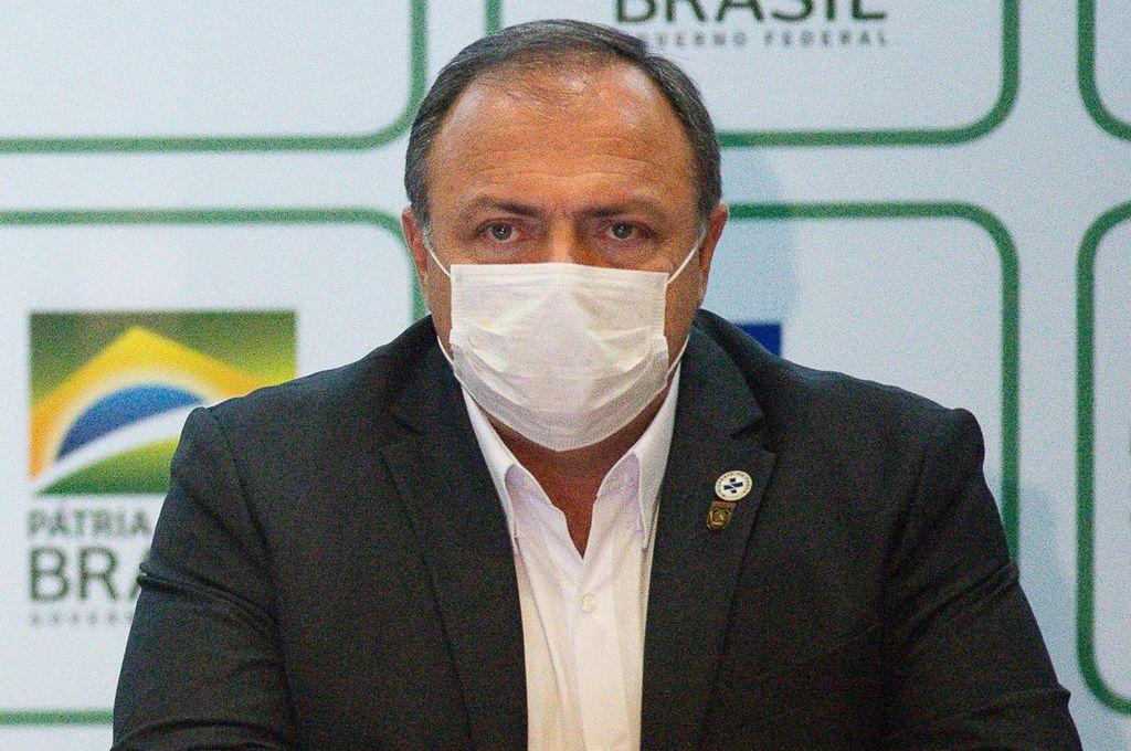 Eduardo Pazuello, ministro de Salud de Brasil, uno de países elegidos por la Universidad de Oxford para probar su vacuna, debido a la alta tasa de incidencia del virus. Crédito: Agencia