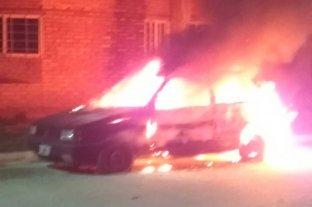 Se quemó un auto en Sauce Viejo