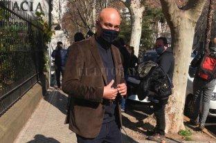 El fiscal preso por coimas se defiende ante la Legislatura
