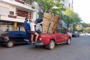 Rufino: hay paro de municipales y el Intendente salió en su camioneta a juntar la basura