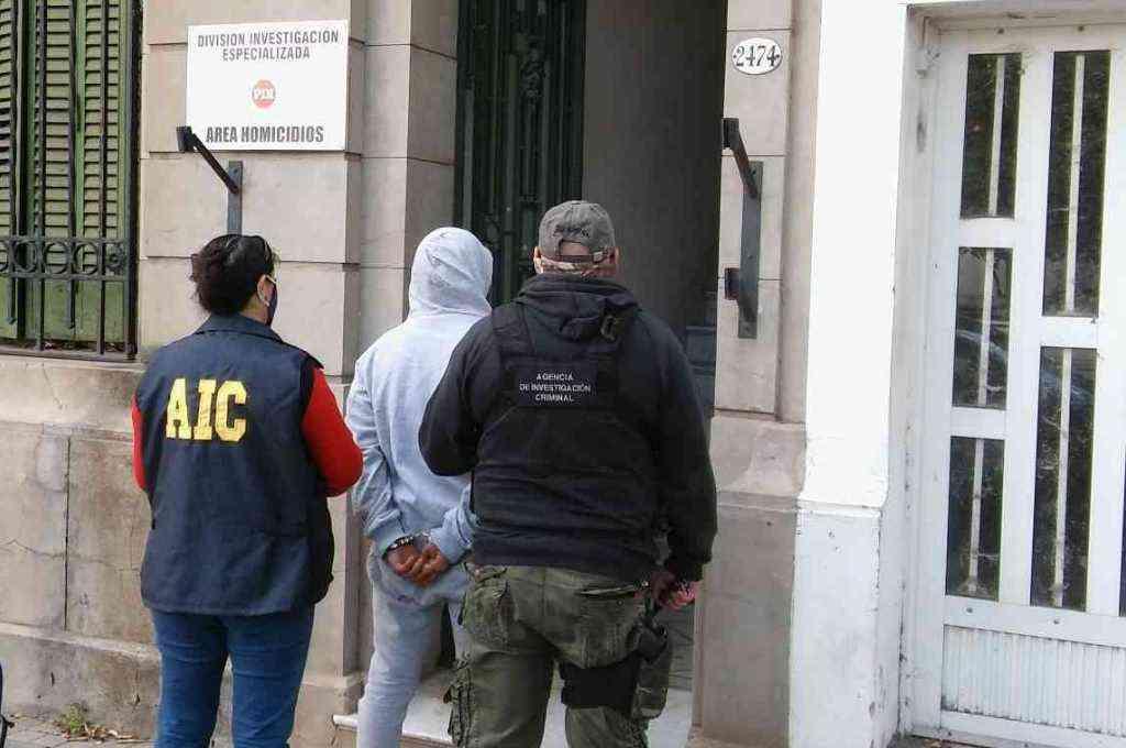 El muchacho fue detenido el martes 6 de octubre, en el marco de un allanamiento realizado en el barrio Las Vegas de Santo Tomé. Crédito: Prensa Ministerio de Seguridad