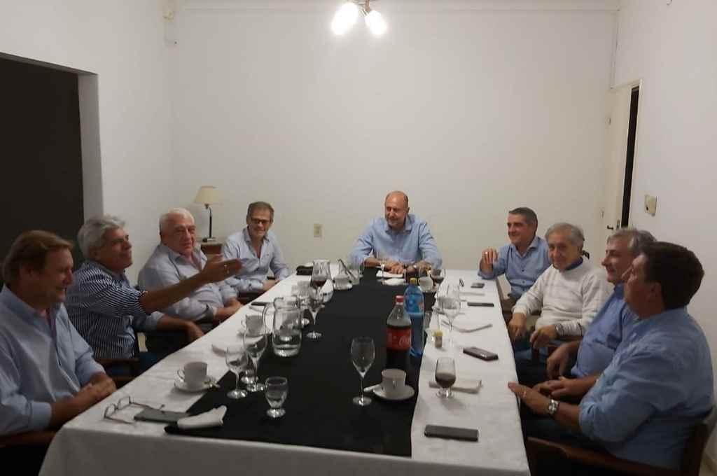El gobernador y los senadores. Una relación oficialista compleja.   Crédito: Archivo El Litoral