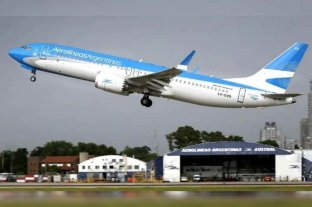 """Vuelven los vuelos de cabotaje sólo para los viajes """"esenciales"""""""