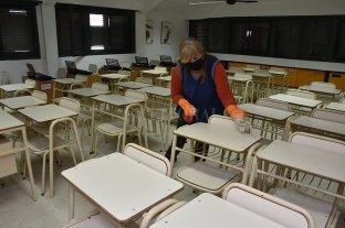 Rosario: reclaman abrir las escuelas para alumnos que terminan la primaria y la secundaria -  -