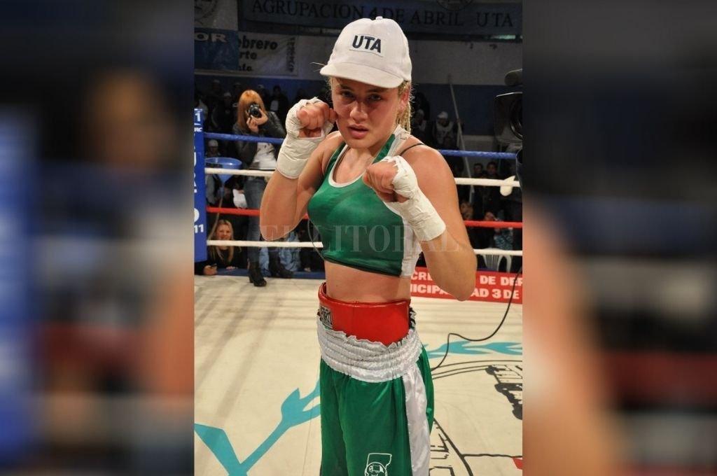 Las campeonas. La santafesina Daniela Bermúdez peleará por el título supergallo FIB a fin de mes.