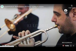 Y la Banda siguió tocando - Los músicos que integran la Banda Sinfónica Municipal trabajaron desde sus casas en un principio y luego en pequeños grupos y bajo estricto cumplimiento de los protocolos, en la Mediateca. -