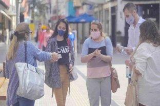 En el día del lavado de manos, referentes de CREO realizaron una acción de concientización en la peatonal