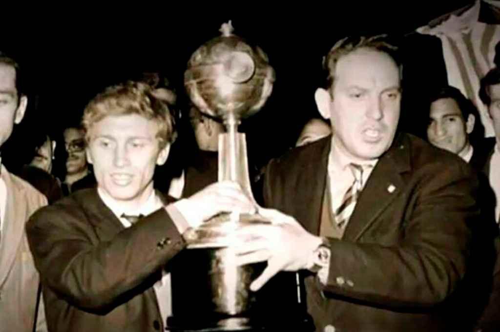Verdadera hazaña. Hace 52 años, el Estudiantes de Osvaldo Zubeldía ganaba la Copa Intercontinental en Old Trafford.    Crédito: Archivo