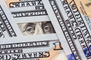 """El dólar """"blue"""" vuelve a bajar y cotiza a $ 174 -"""