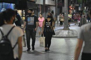La ciudad perforó los 300 casos en sólo un día; en provincia y Rosario bajaron -