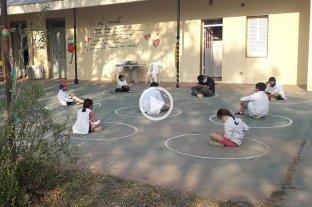Video: así fue la vuelta a clases en una escuela rural de Campo Castro -  -