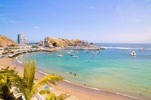 Perú mantiene prohibido bañarse en el mar y tomar sol en playas por la pandemia