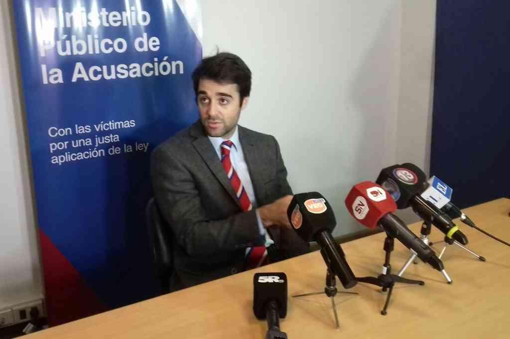 El fiscal Agustín Nigro (foto) atribuyó a la mujer la portación del arma, amenazas, lesiones y atentado a la autoridad por lo ocurrido la madrugada del 18 de octubre. Crédito: Prensa MPA