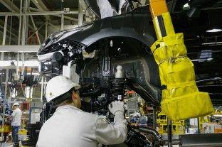 La industria cayó más del 5% en agosto y se mantiene 11 % abajo del nivel prepandémico