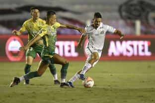 Defensa y Justicia quedó eliminado tras una agónica derrota ante Santos de Brasil