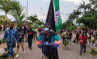 Violenta represión policial durante una protesta dejó varios muertos en Nigeria