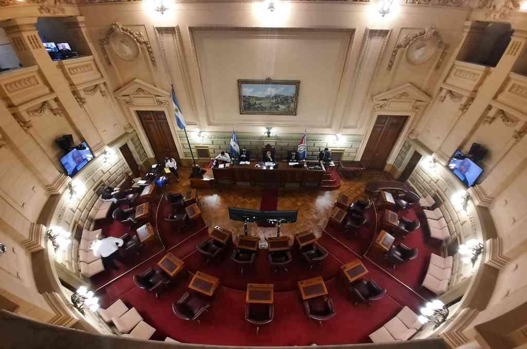 El Senado santafesino tiene 12 bancas del PJ y 7 de la UCR. Crédito: Gentileza Prensa Cámara de Senadores