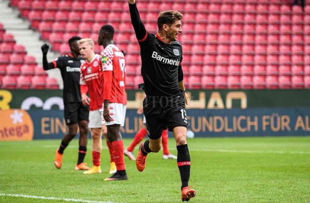 El ex Colón Lucas Alario defenderá la camiseta del Bayer Leverkusen. Crédito: Archivo