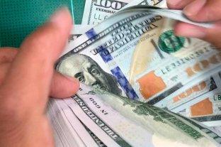 """Dólar hoy: el oficial cotiza a $ 85,75 y el """"blue"""" se vende a $ 160"""