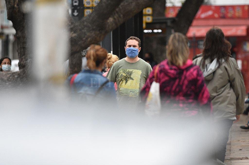 Covid en Santa Fe: 33 fallecidos y 2.319 casos en la provincia, 279 de la ciudad -  -