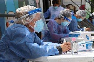 Argentina sumó 423 muertes y 18.326 contagios, máxima cantidad en una jornada  -  -