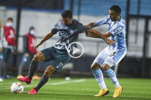 Racing venció a Estudiantes de Mérida, pero no le alcanzó para quedarse con su grupo