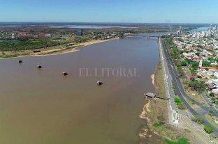 """Pese a las lluvias, el Paraná sigue cerca del metro y advierten un futuro """"desfavorable"""" -  -"""