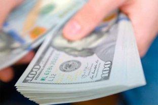 """Vuelve a subir el dólar """"blue"""" y se vende a 188 pesos -"""
