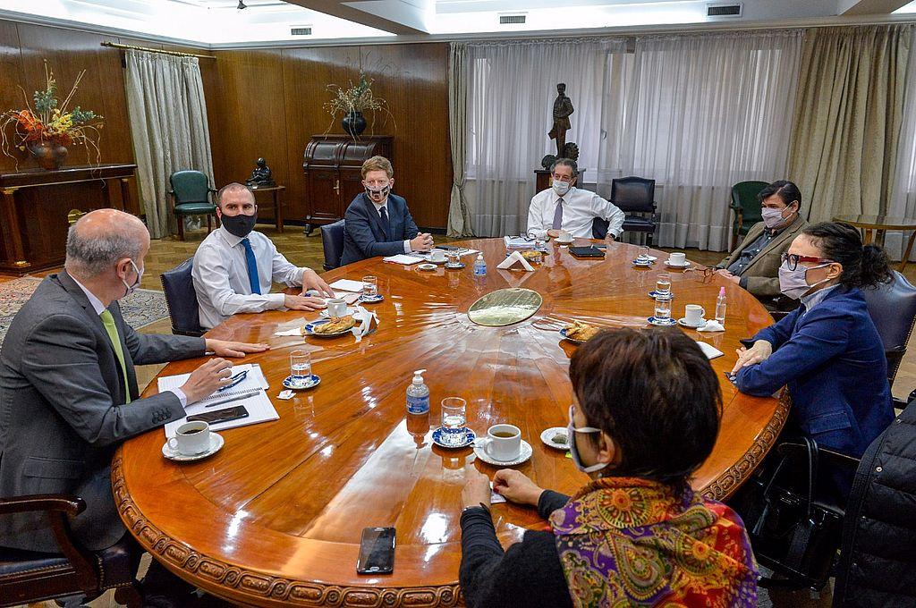 El Gabinete Económico encabezado por el ministro Martin Guzmán volvió a reunirse en el Palacio de Hacienda para analizar la dinámica económica en el contexto de la pandemia. Crédito: NA