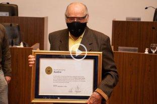 """Declaran """"Santafesino Ilustre"""" al profesor Carlos Catania -  -"""